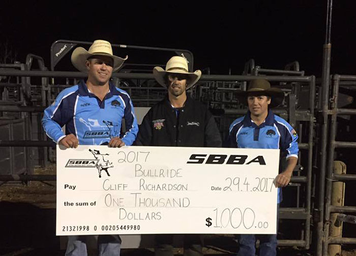 Cliff Richardson with his winners cheque. Photograph courtesy of Cliff Richardson Facebook page.