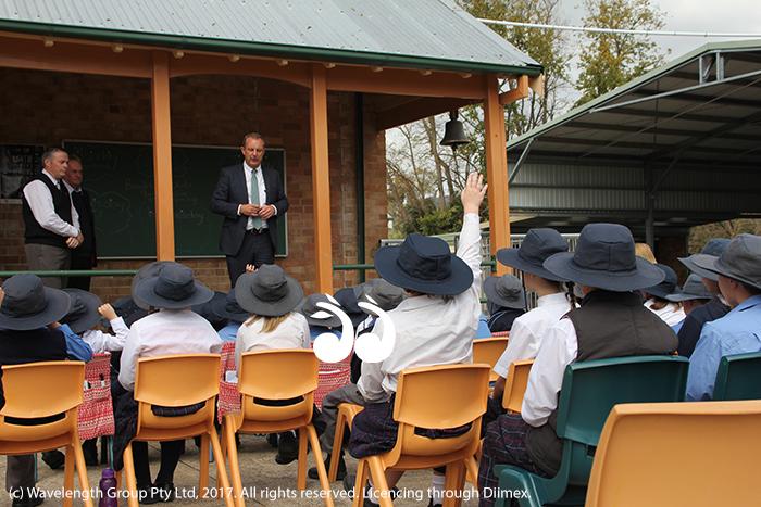 Michael Johnson MP fielding questions from the children of Murrurundi primary school.