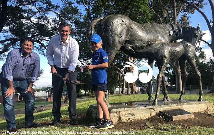 Mayor Wayne Bedggood, Festival president David Gatwood and Adelaide Fraser with the Mare and Foal in Scone.